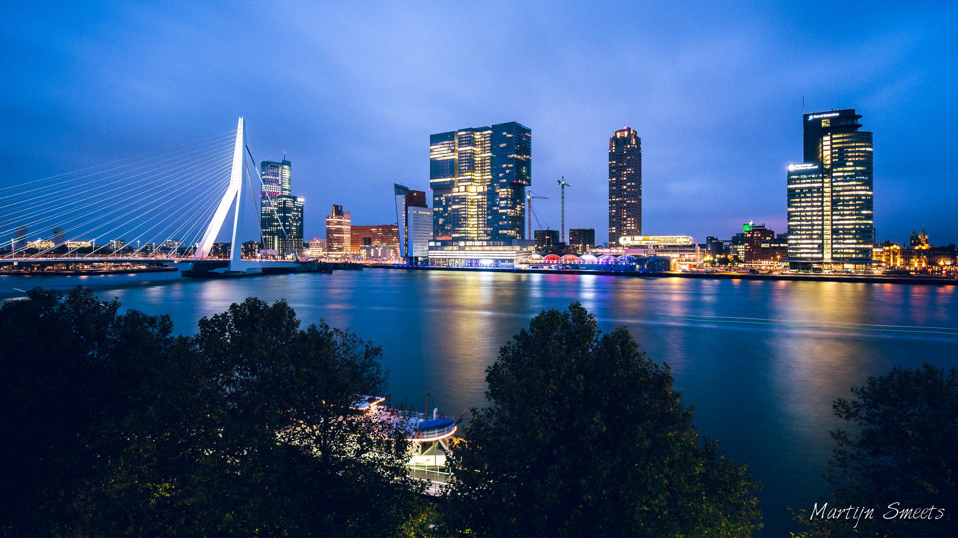 Skyline Rotterdam vanuit het Wereldmuseum