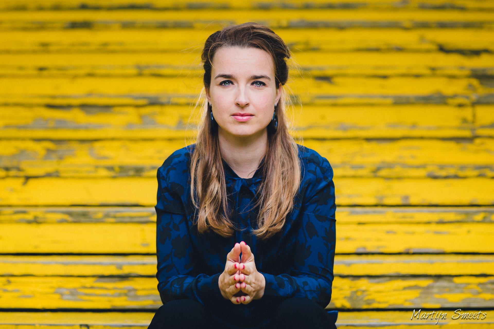 Portret Tara Kolk op Luchtsingel Rotterdam